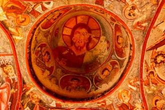Malereien in einer Felskirche