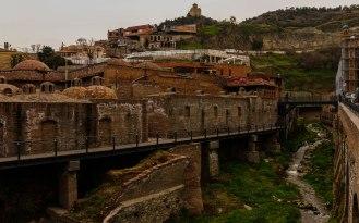 in Tiflis - Blick auf die alten Schwefelbäder