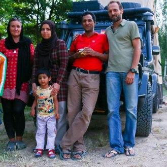 Mahmood mit Familie