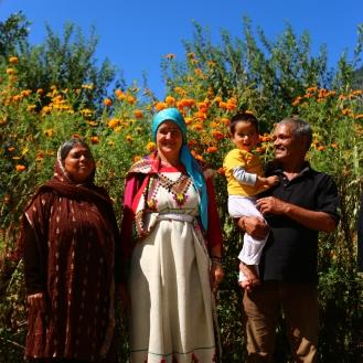 Annette im traditionellen Gewand
