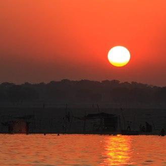 Sonnenaufgang am Ganges