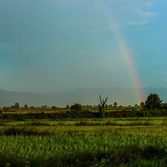 Birma burma myanmar mybeastgoeseast for Indische schirme