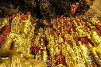 Höhle mit 8000 Buddhas