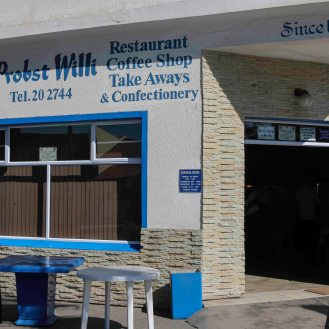 leckerer Kuchen bei Willy Probst in Walvis Bay